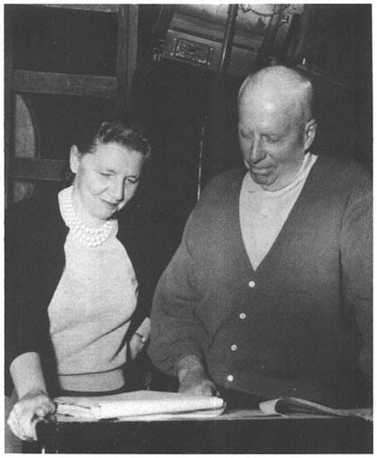 Leigh Brackett with director Howard Hawks at work on Rio Bravo